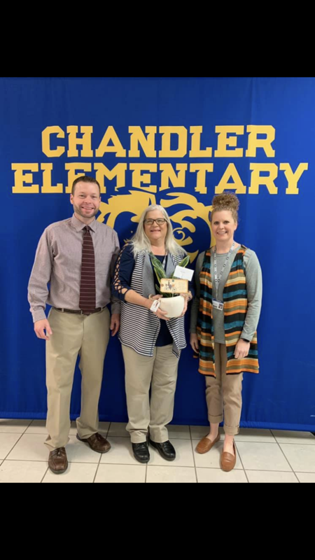 CES Teacher Of The Year Featured Photo