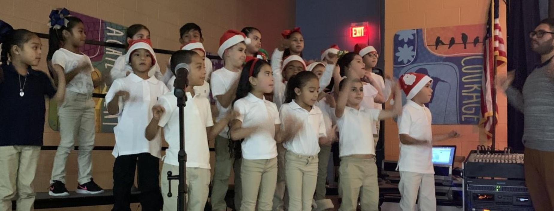 Image of students singing in the choir.