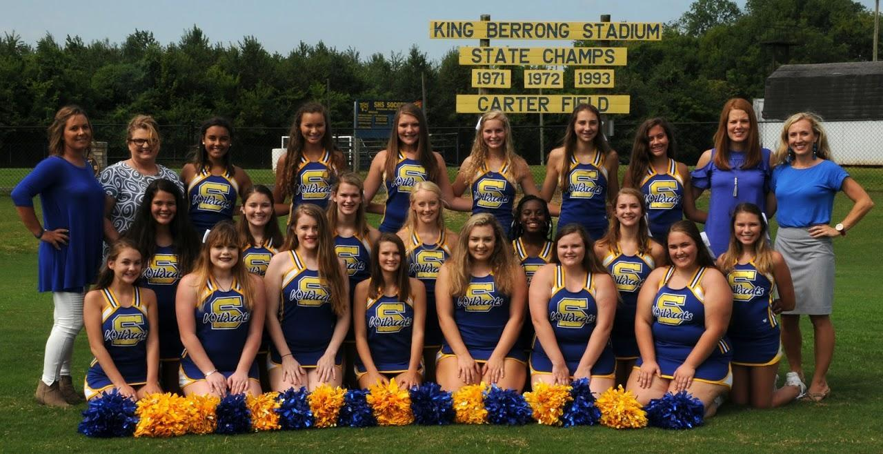 2018/2019 SHS Football Cheerleading team