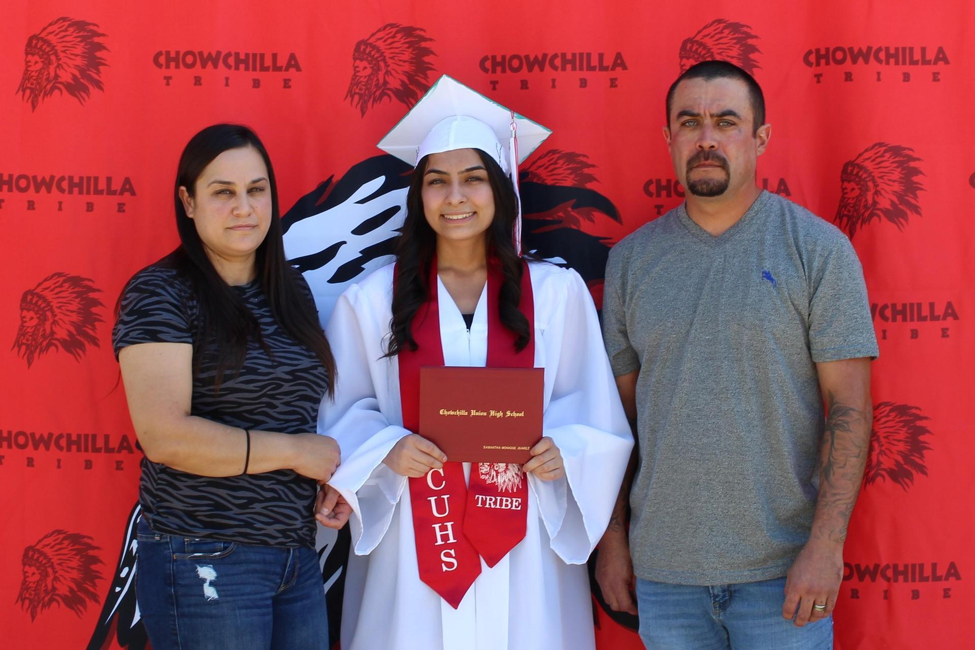 Samantha Juarez and family