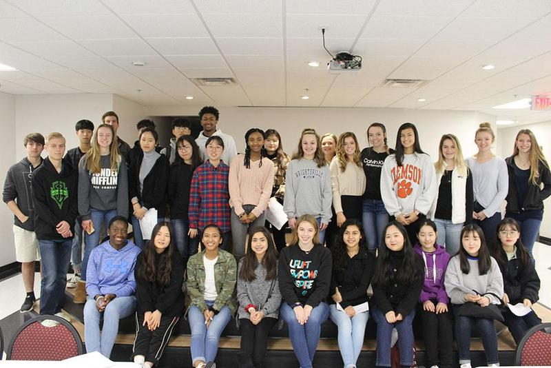 Visiting Korean students and their TBS partner students
