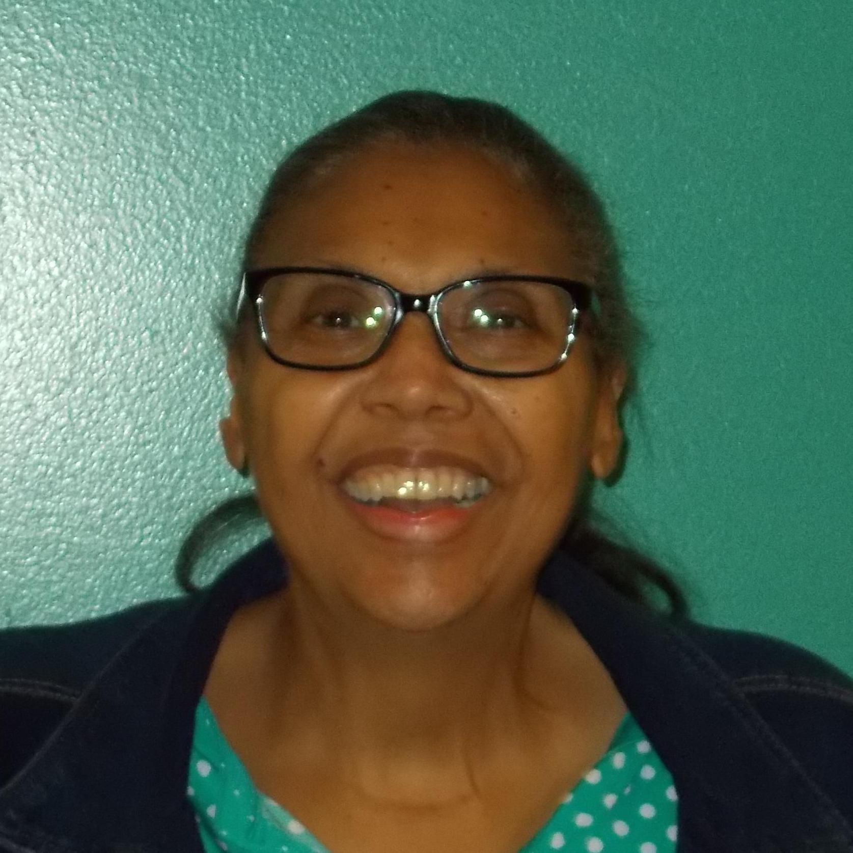Elizabeth Henderson's Profile Photo
