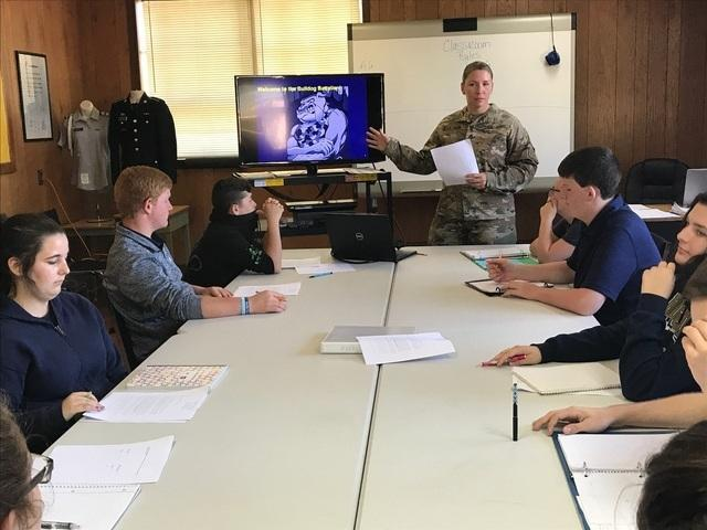 students receiving instruction in jrotc class