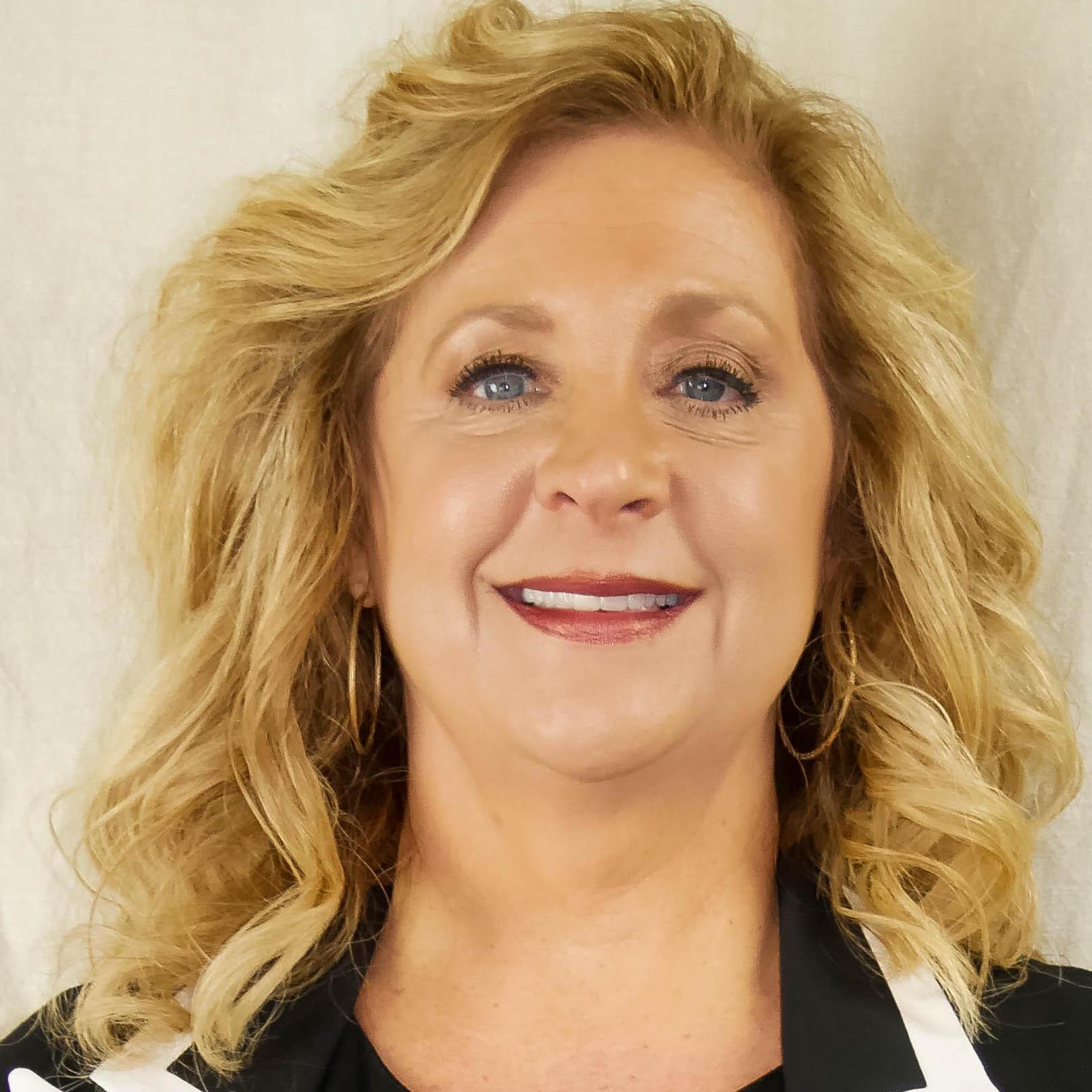 Angie Dewart's Profile Photo