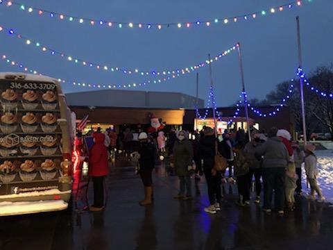 Ike Holiday Food Truck Extravaganza