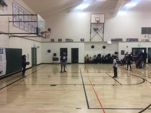 student making a free-throw basketball shot