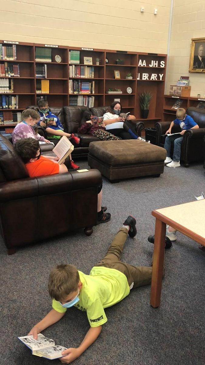 6th Grade Students at Library