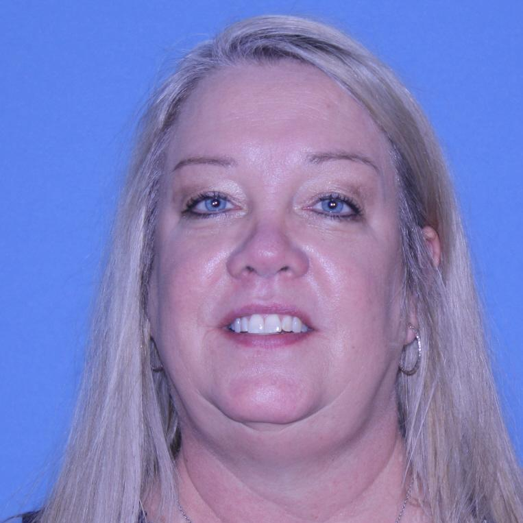 April Robertson's Profile Photo