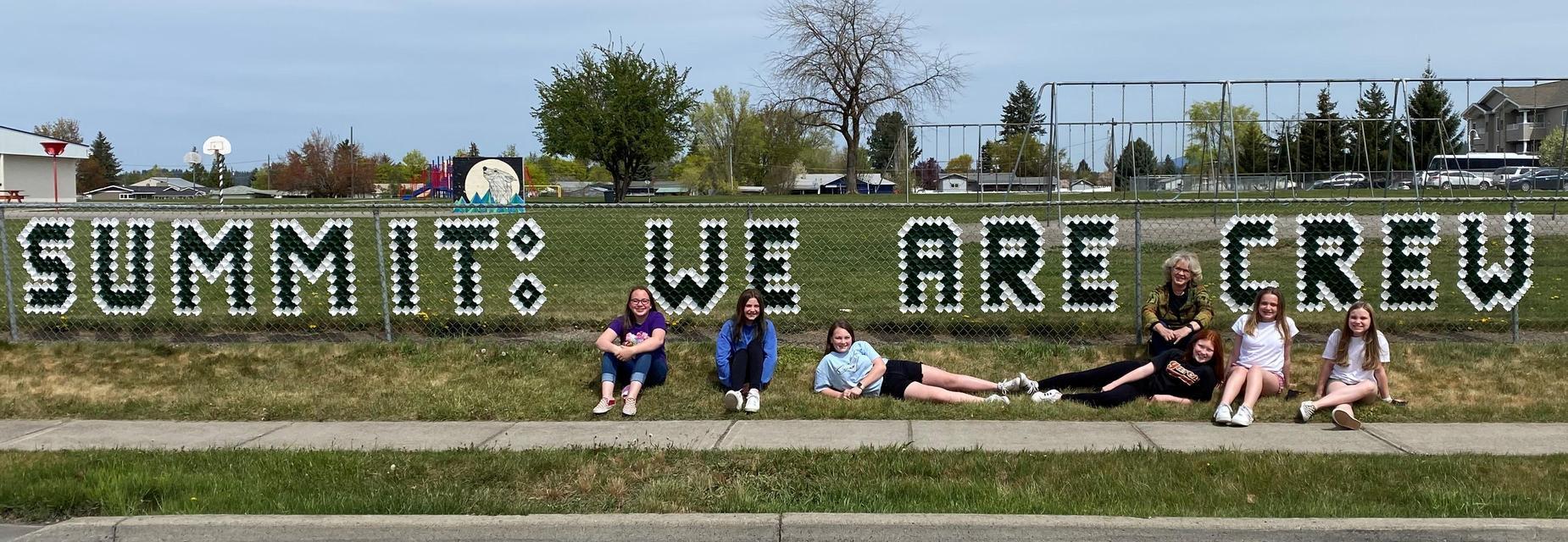 We are CREW!