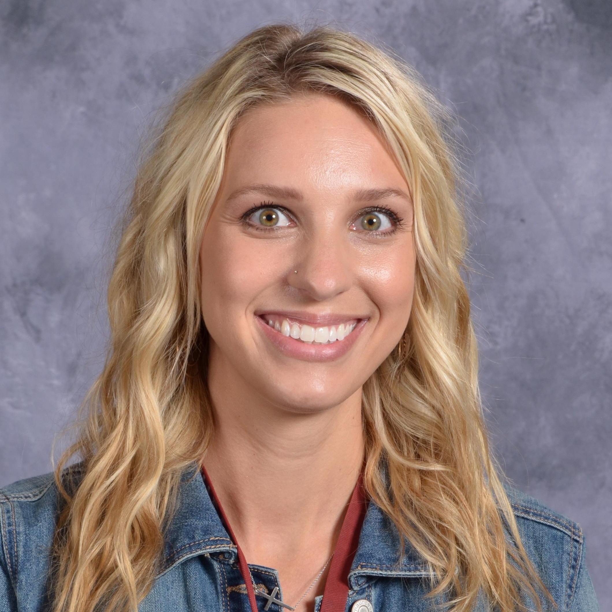 McKenna Hoezee's Profile Photo