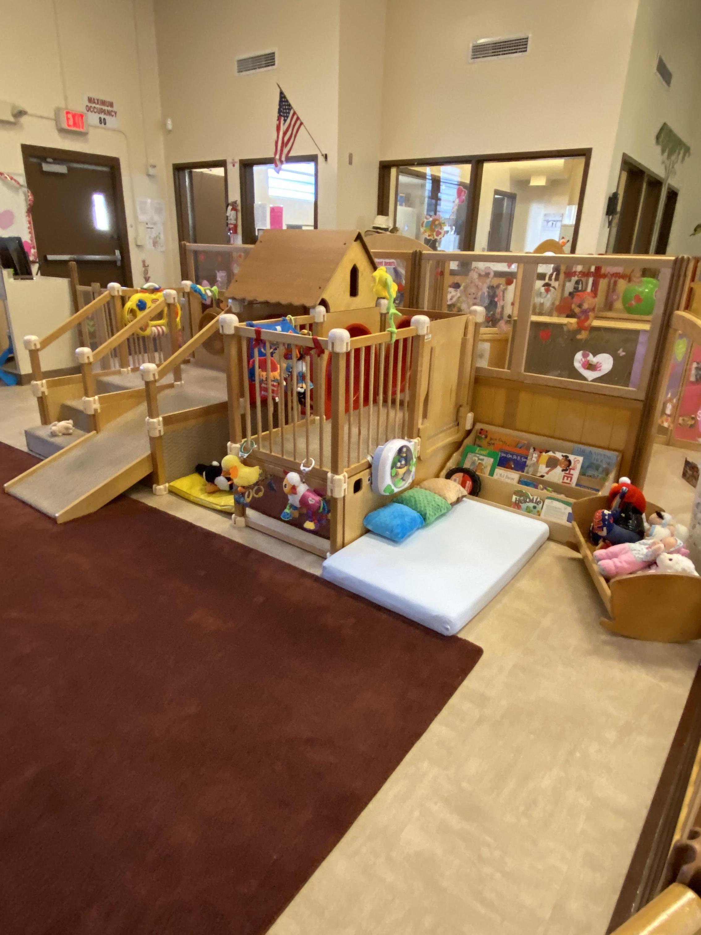 Crawler Room