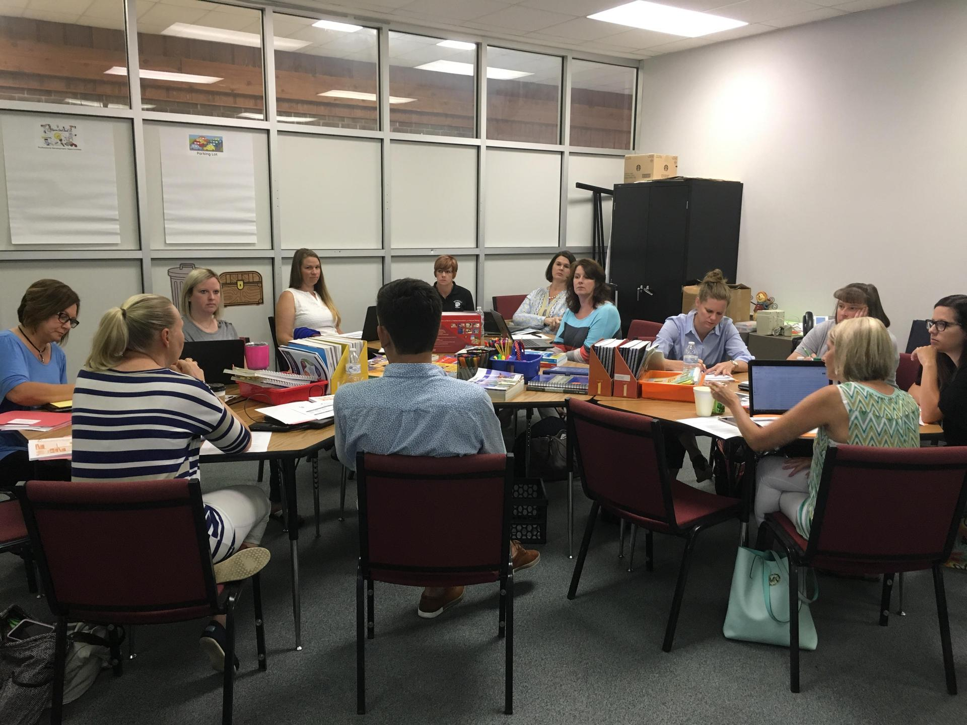 SCS Elementary Coaches and Teacher Leaders work together to develop aligned Curriculum and Pacing Guides