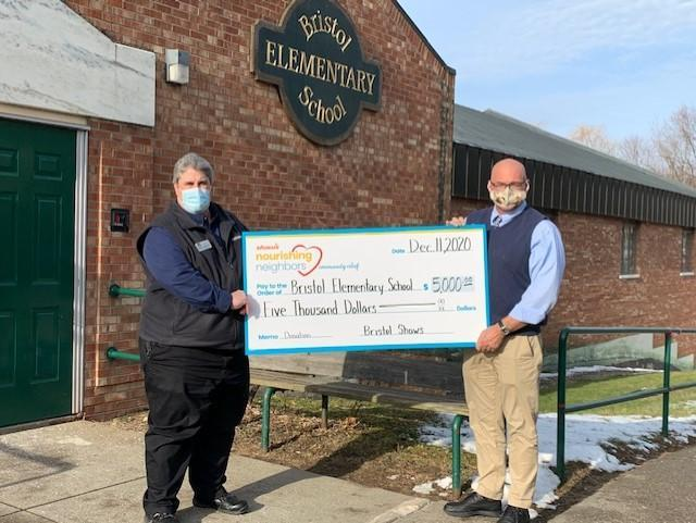 Bristol Elementary School Receives $5000 Grant from Local Shaw's and Star Market Foundation to Help Feed Families During The Crisis Featured Photo