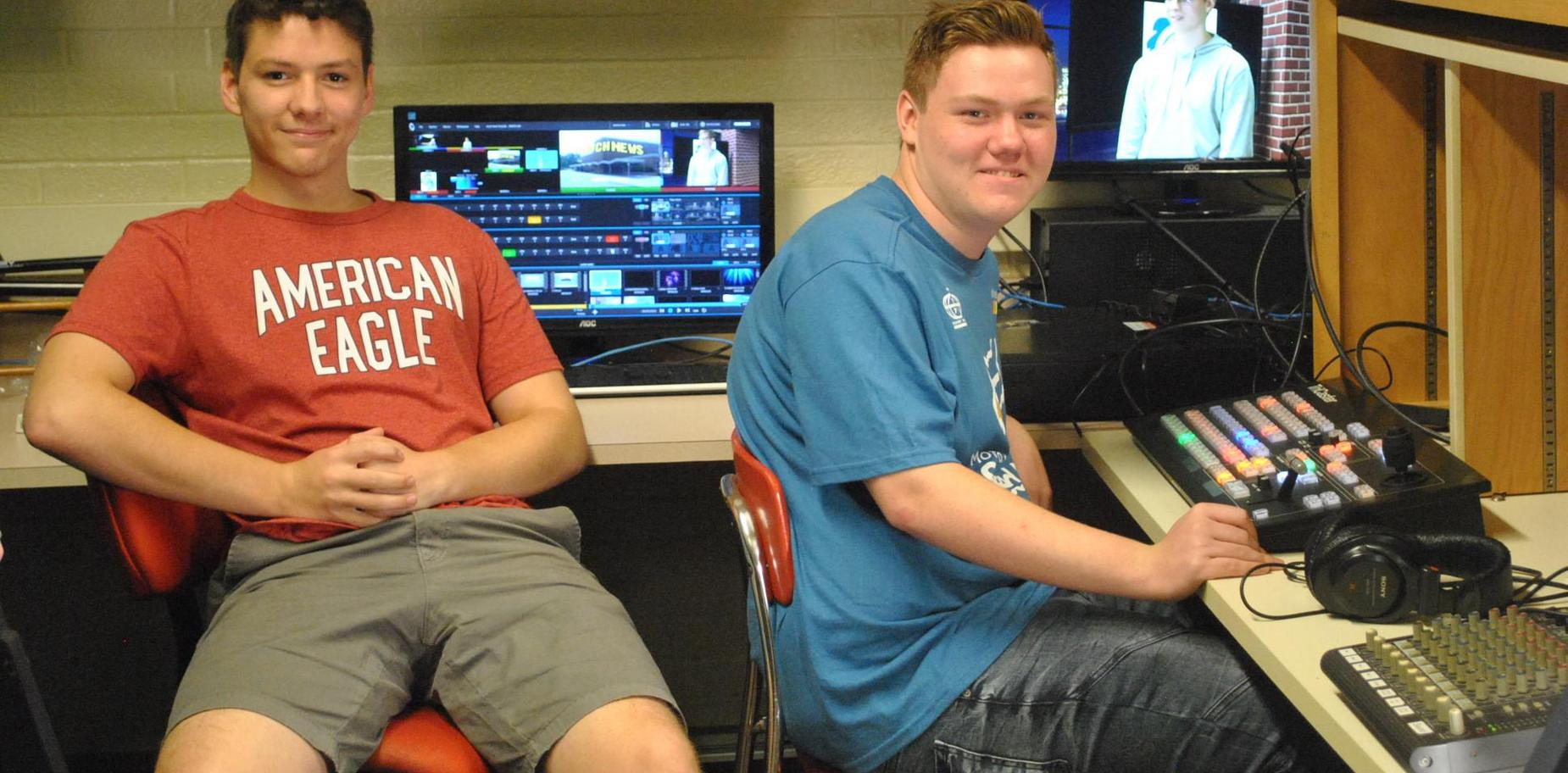 KHS Students in Video Tech room