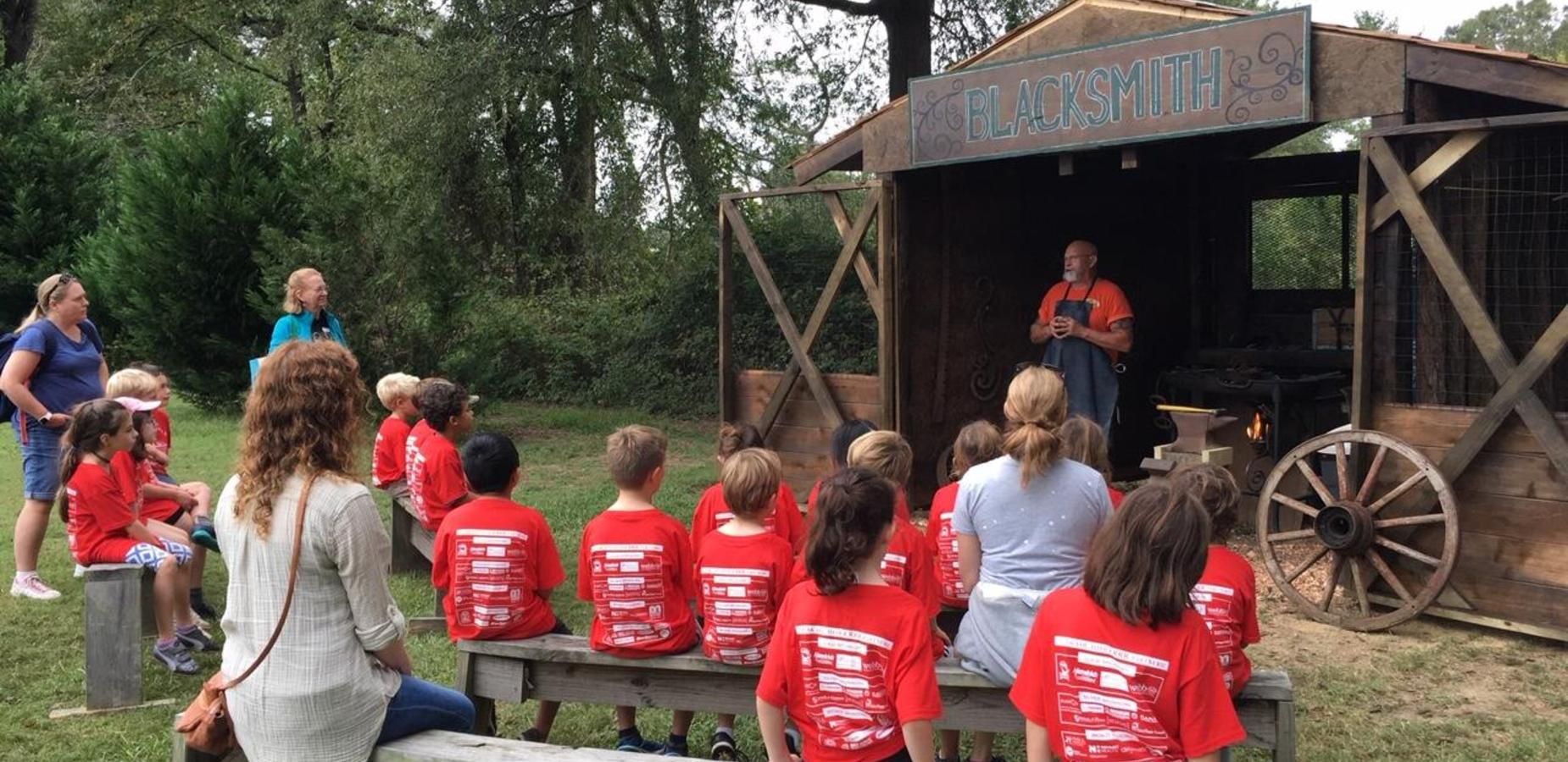 3rd grade on field trip to Reed's gold mine
