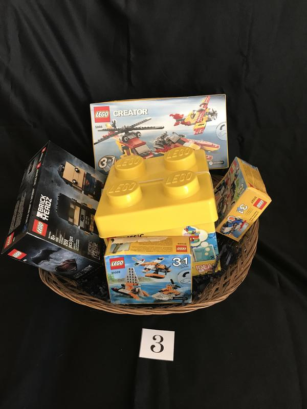 Basket 3 Legos!