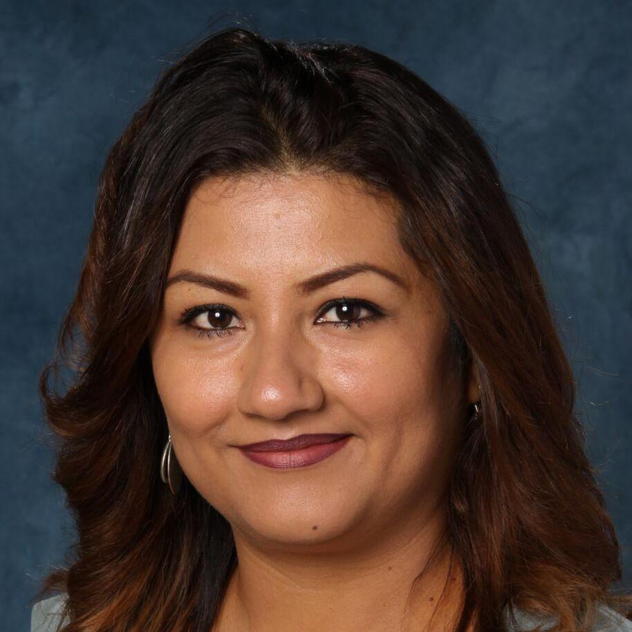 Mayra Farias's Profile Photo