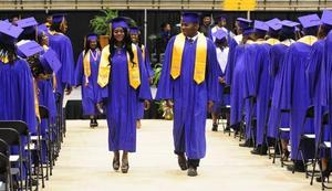 1400902634002-HHS-Graduation03.jpg
