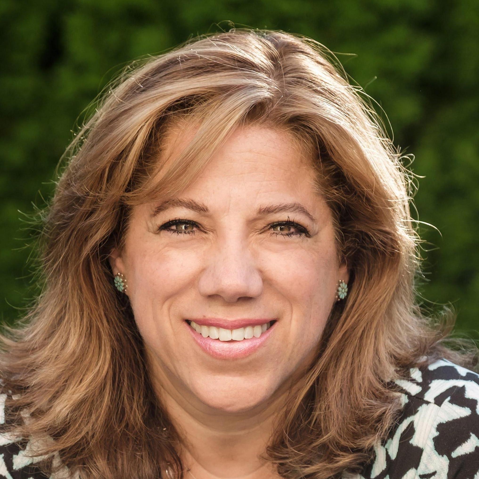 Claudia Kis's Profile Photo