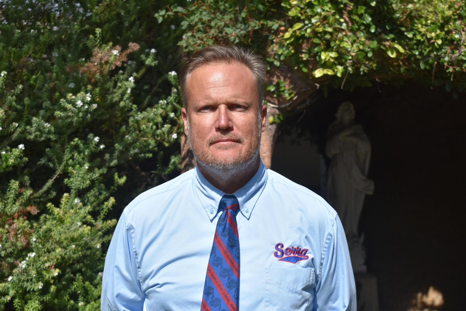 Scott Altenberg has been at Serra High School for 26 years (21 as head coach) and I am very proud of what we do at Serra. A successful program needs not only great student-athletes and quality coaching, but also dedicated supporters as well. Academically, we send 100% of our students to college. Athletically, we have a rich tradition of C.I.F championships, Division 1 scholarships, and have been blessed to have a number of NFL players as well.