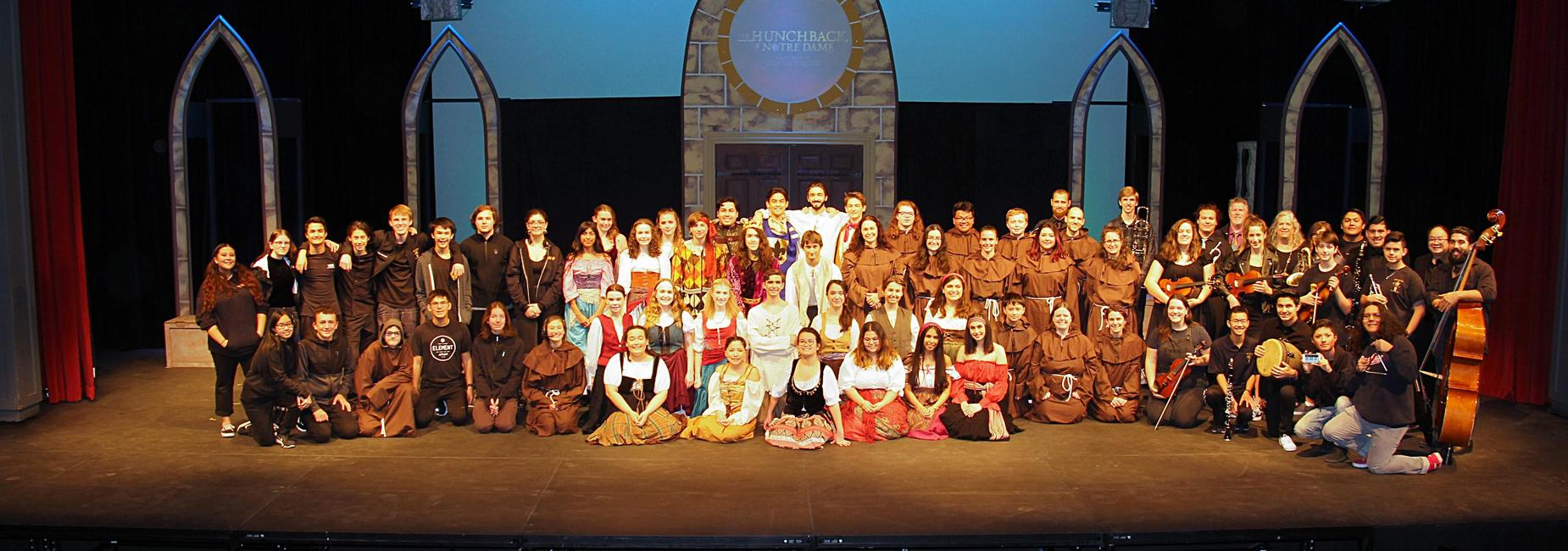 image of hunchback of notre dame cast, crew, choir and orchestra