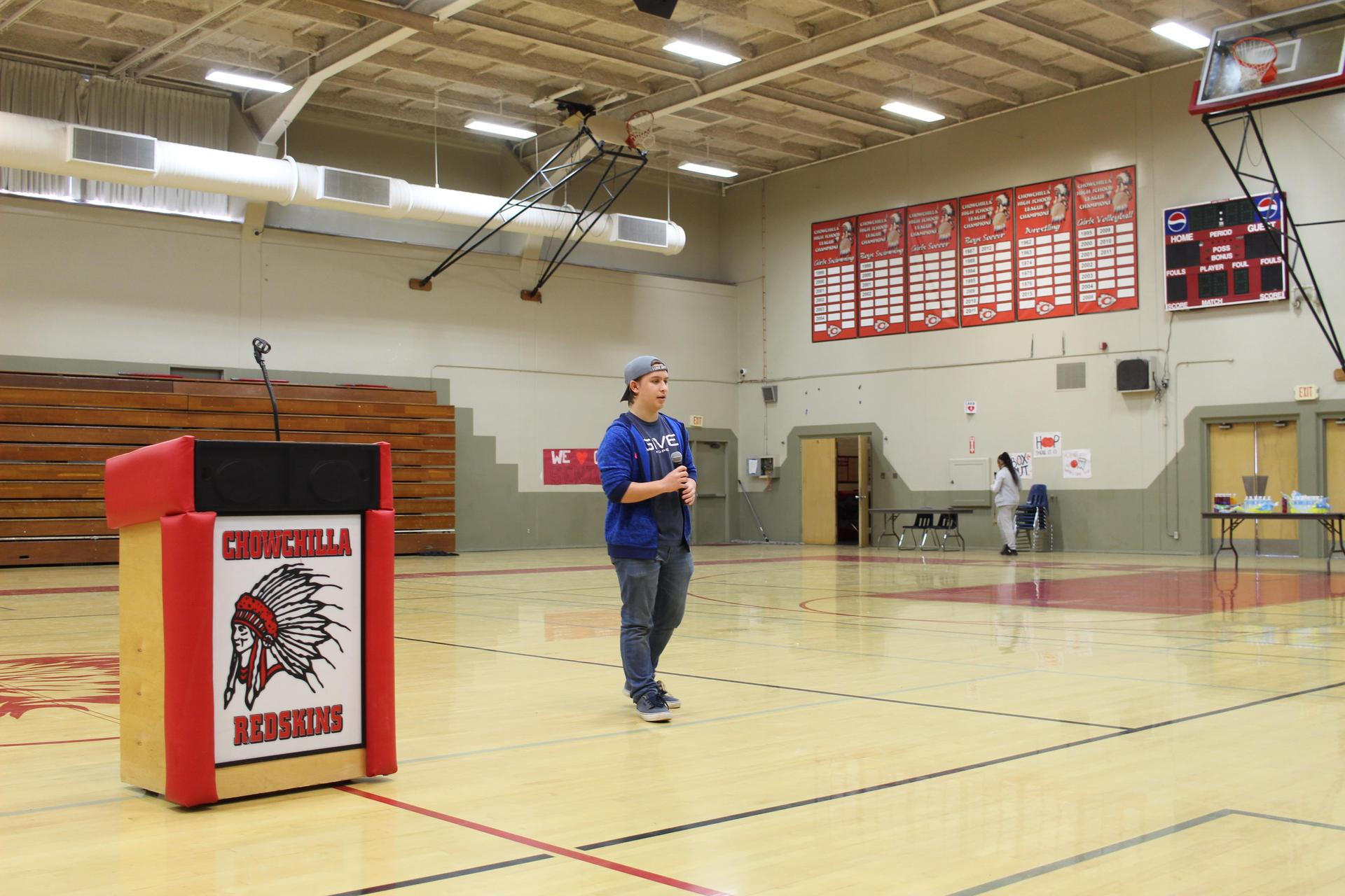 Andrew Simon introducing speaker Brad Twitty