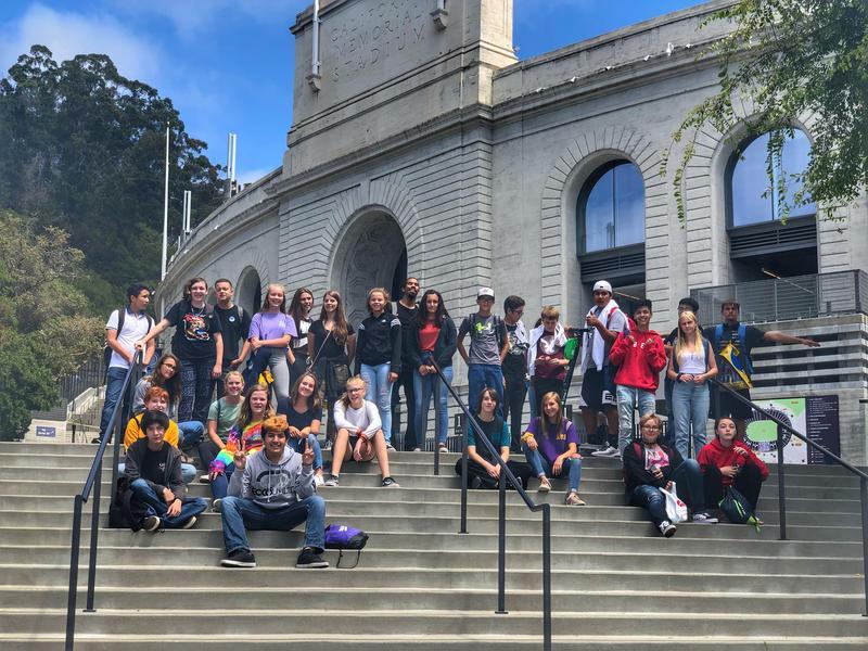 Foto de grupo de la academia de verano