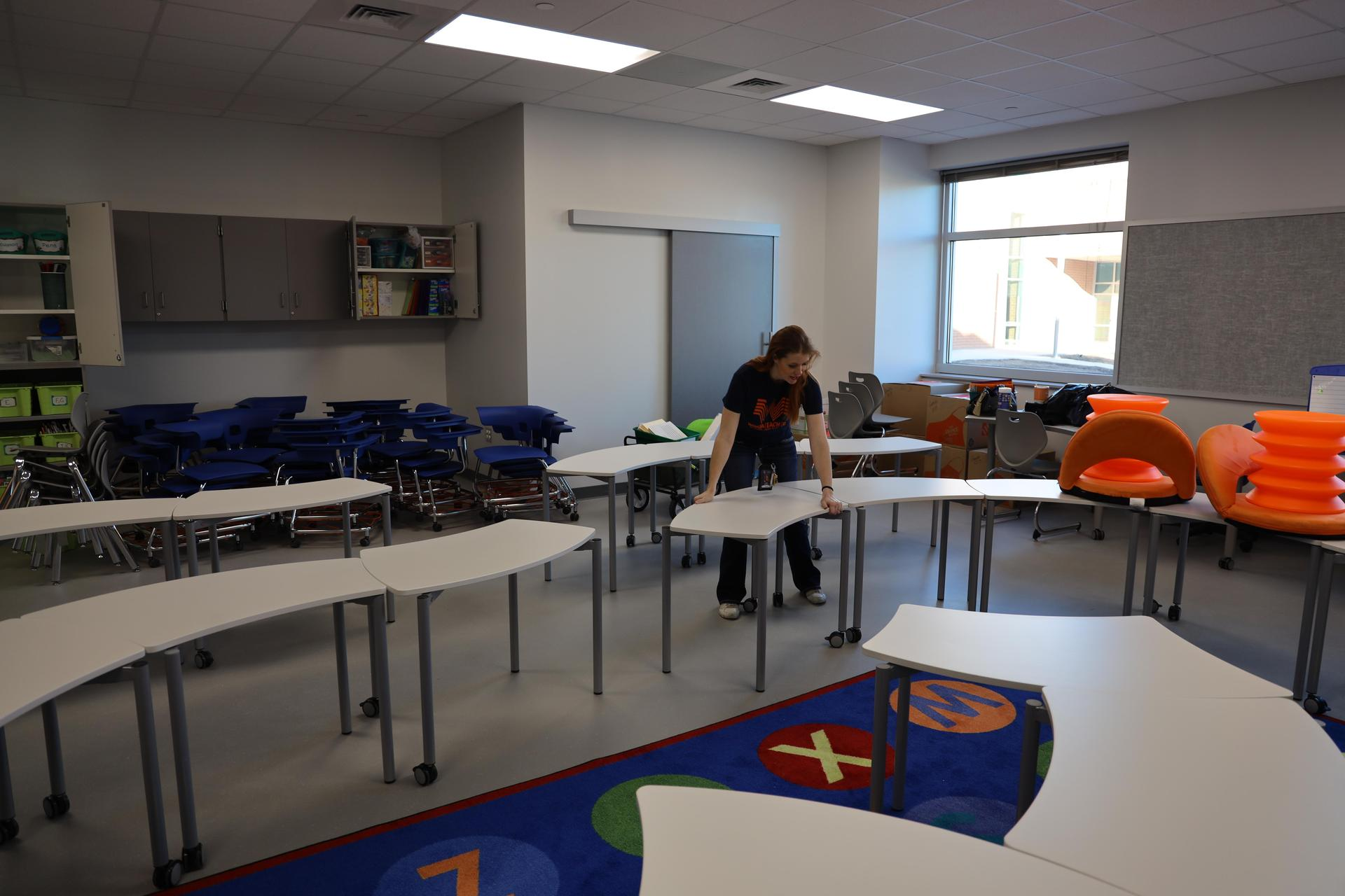 Teachers move into their new Carpenter Elementary classrooms