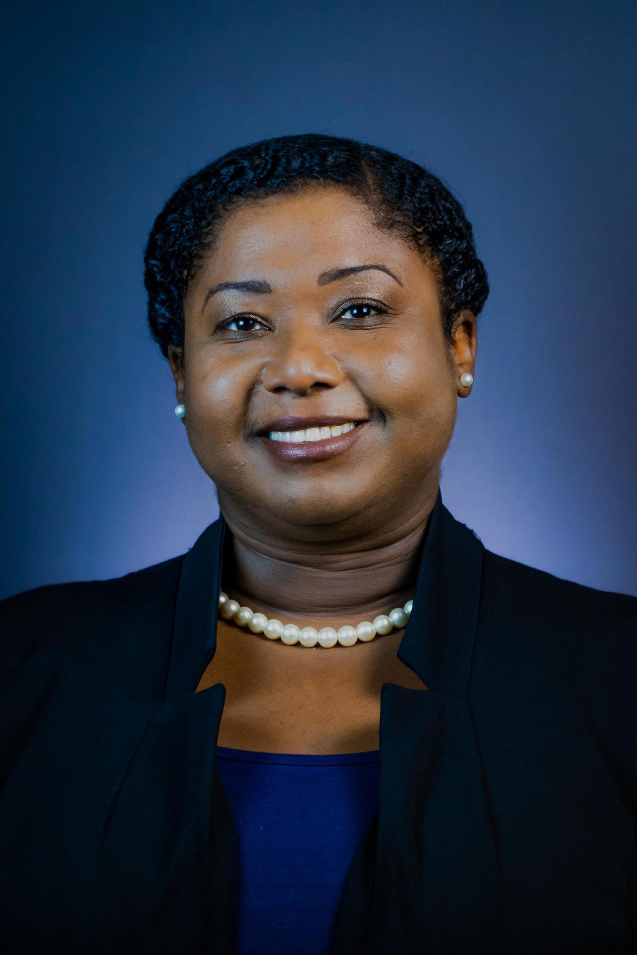 Dr. Diedra Davis