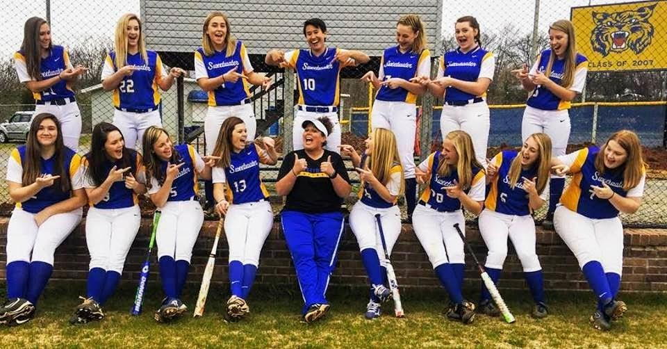 Ladycats Softball Team 2017