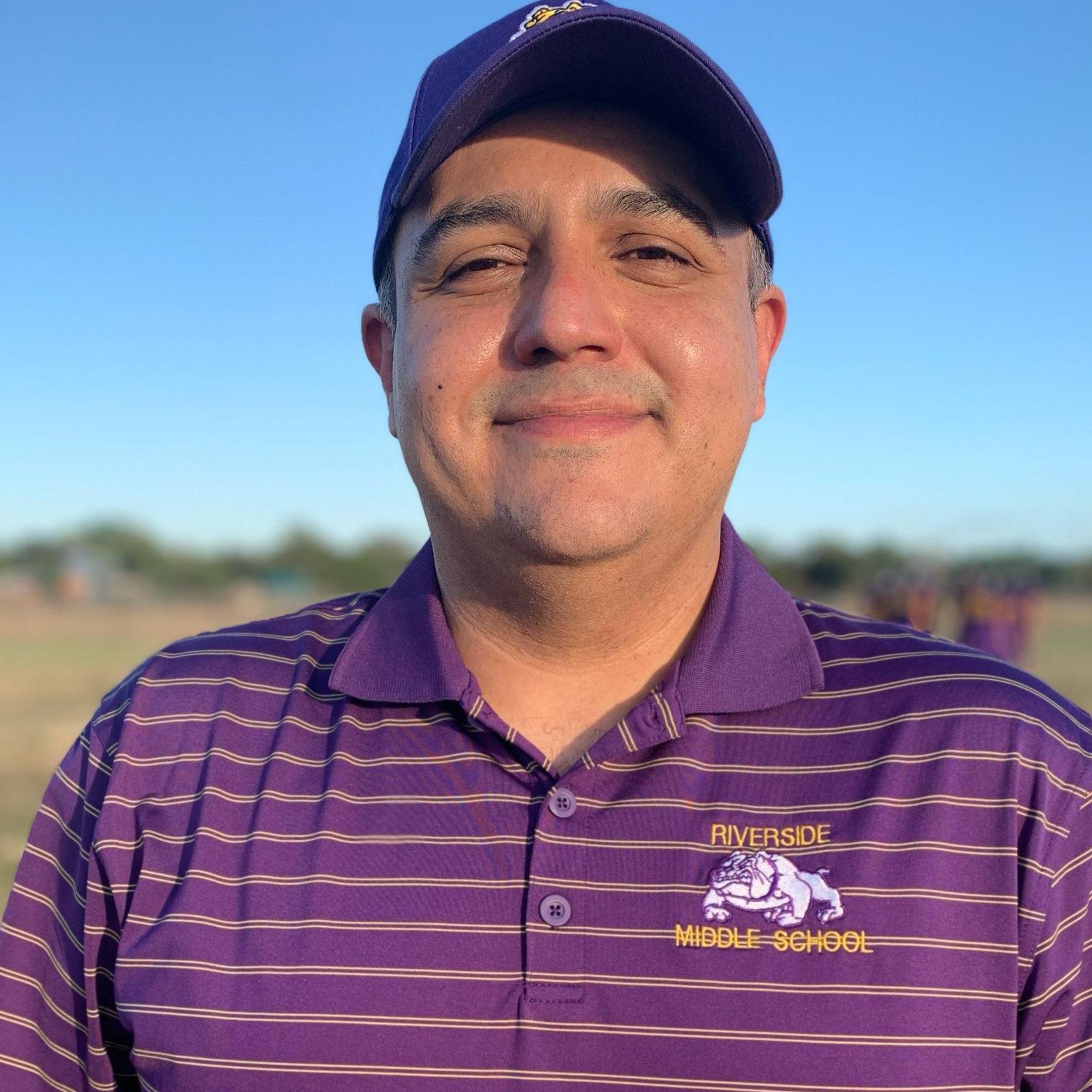 Roberto Fuentes's Profile Photo