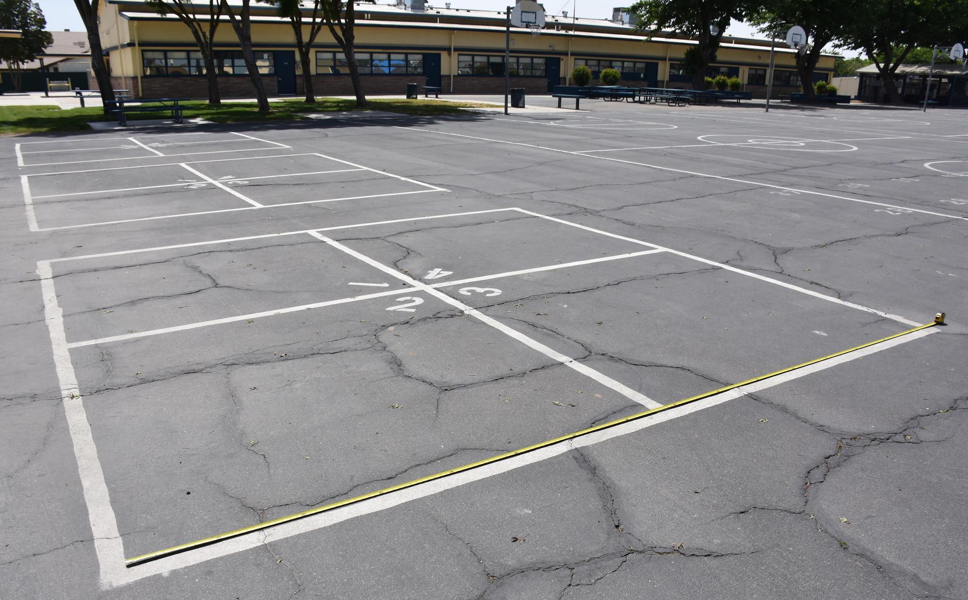 Four square court