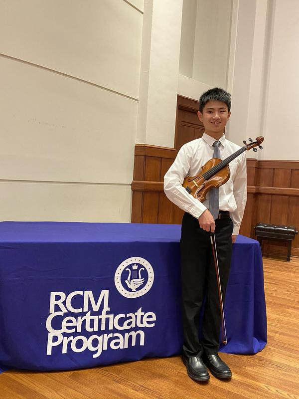 ESMS Student Earns 2020 National Gold Medal for Violin from the Royal Conservatory Featured Photo