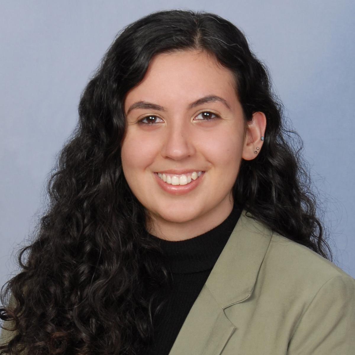 Ani DerGrigorian's Profile Photo