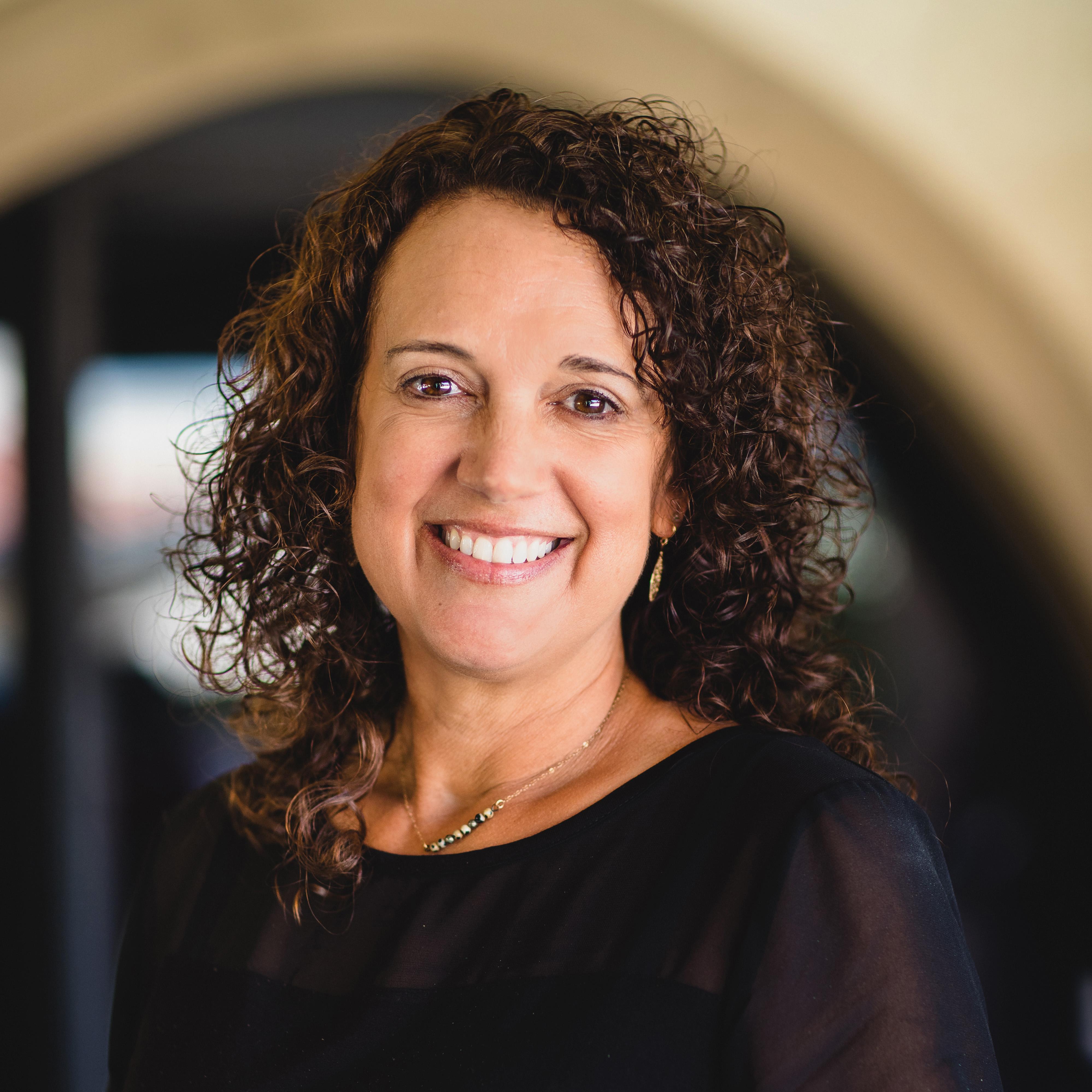 Gina Larsen's Profile Photo
