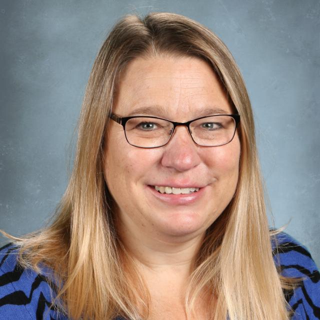 Jennifer Hund's Profile Photo