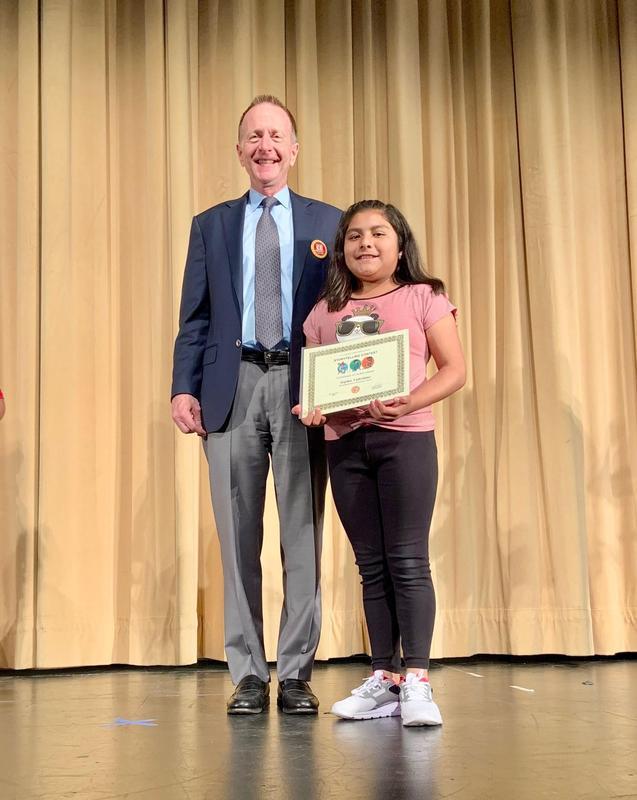 Sophie_2019_StoryTelling Award.jpg