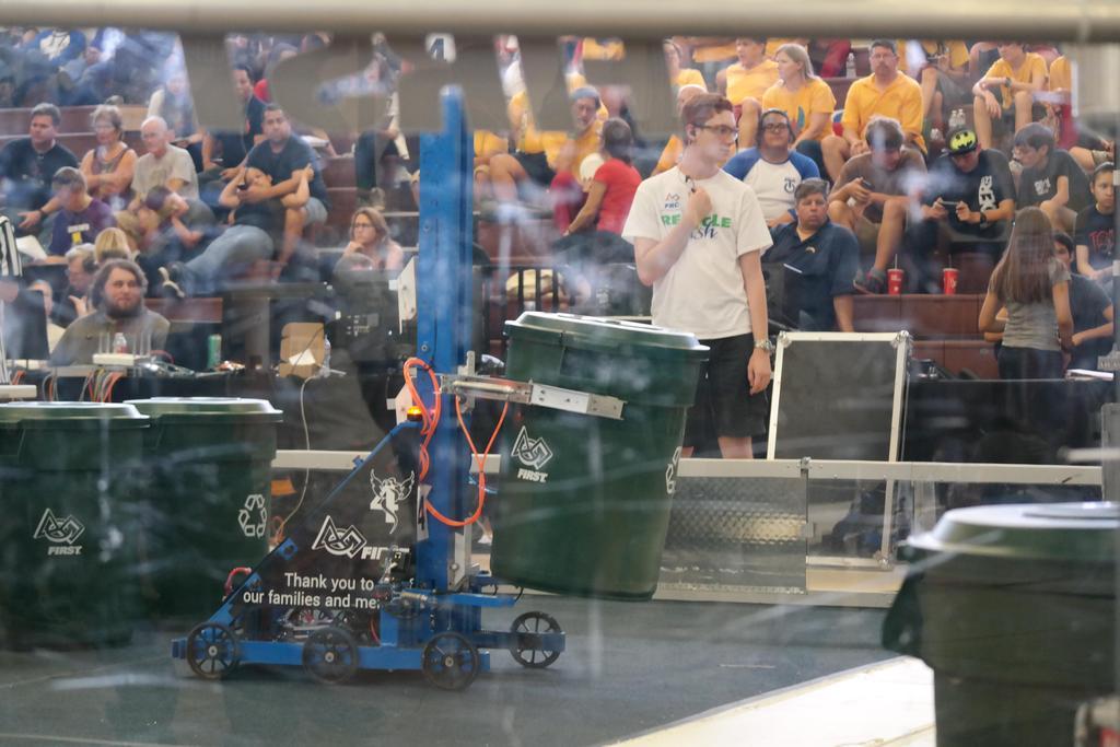 Robot mid-match