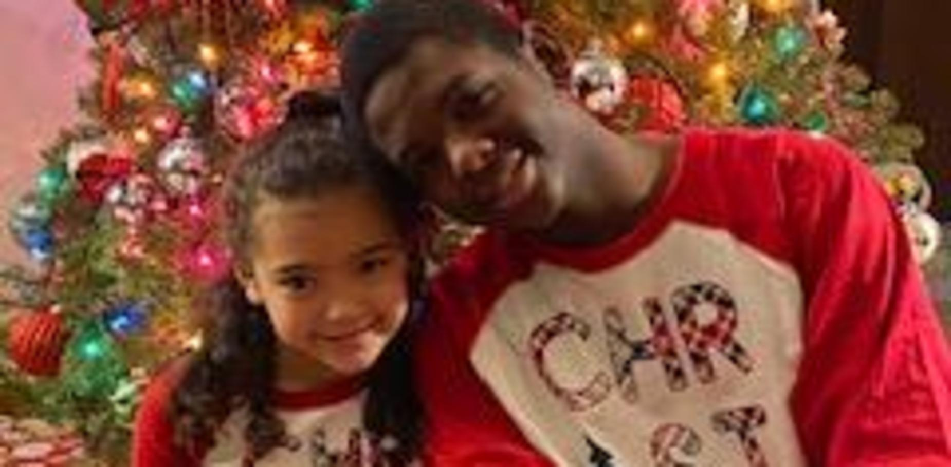 pic of kids in Christmas pajamas