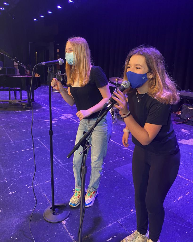 Photo of students performing during Fine Arts Day