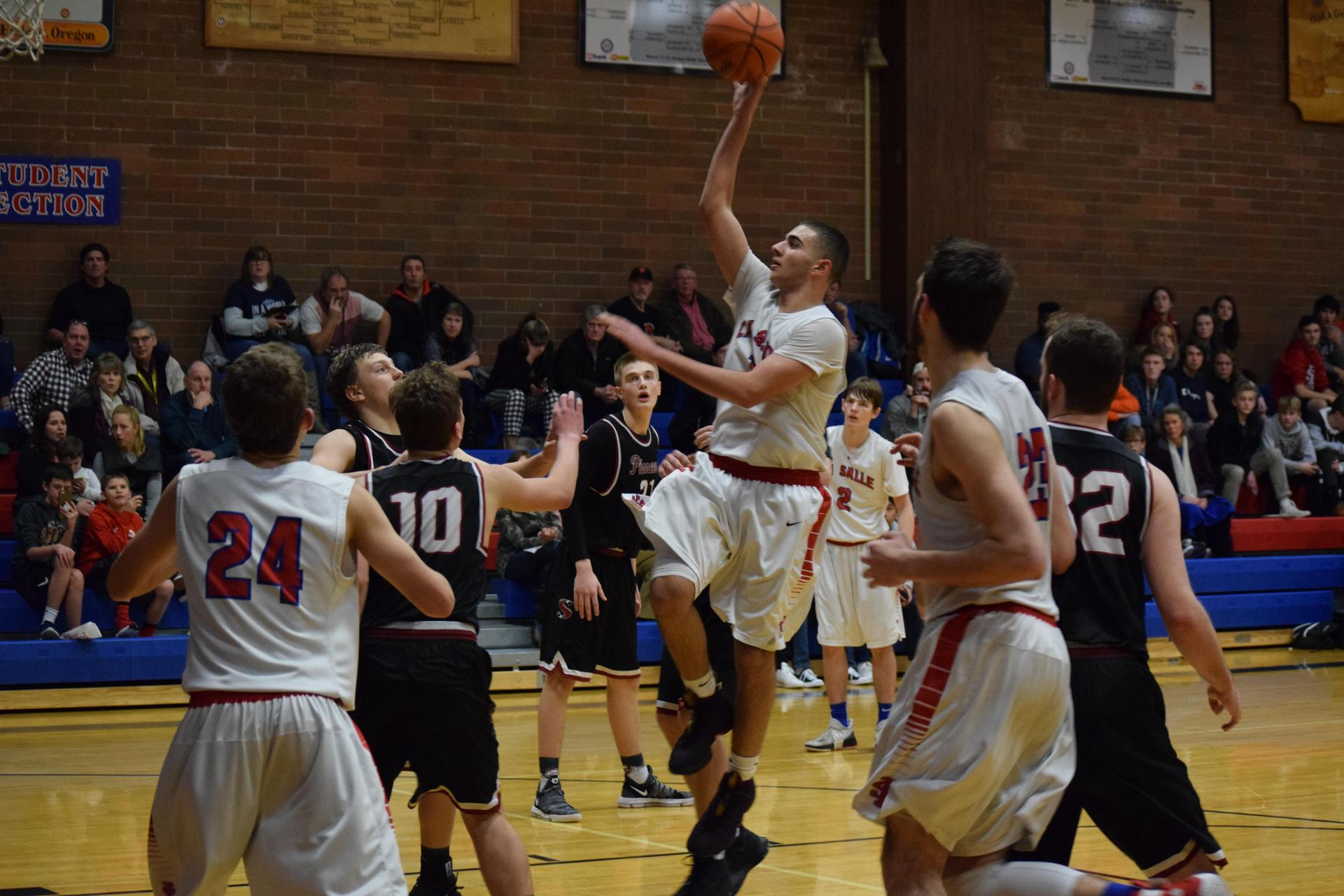 boys basketball air shot
