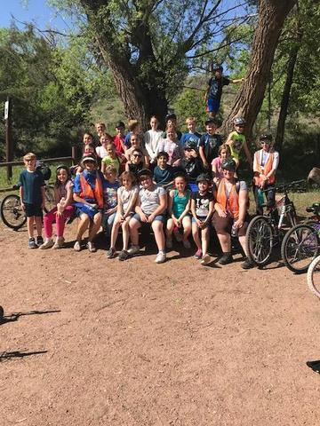 4th Grade bike hike on Riverwalk group picture