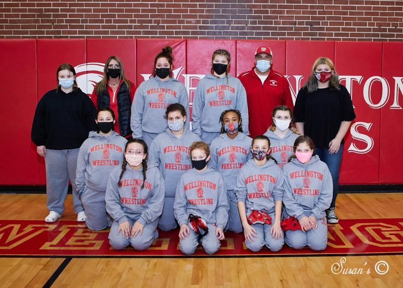 Lady Knight Wrestlers 25-1 @ Haysville Thursday!