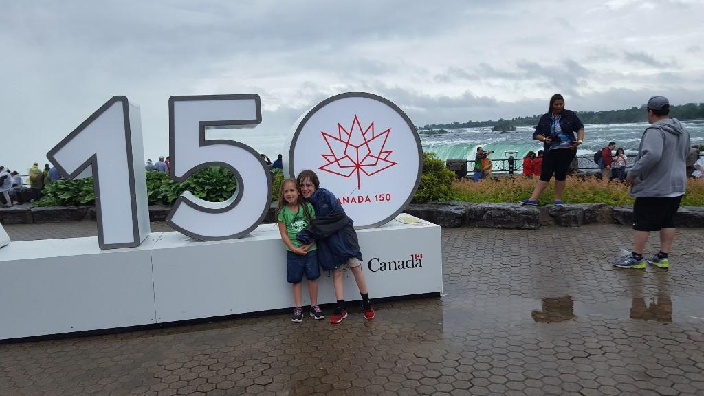 Daniel & Leah Lesnever - Niagara Falls