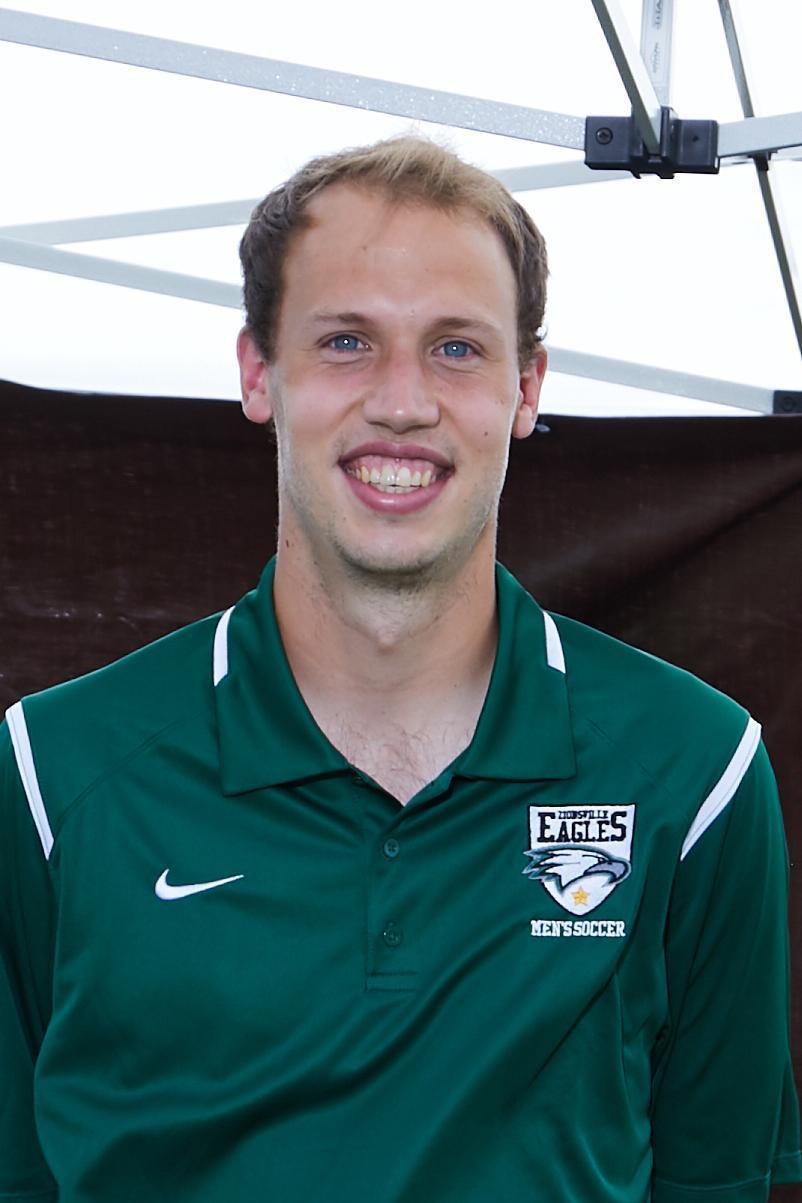 Assistant Coach Luke Beasley
