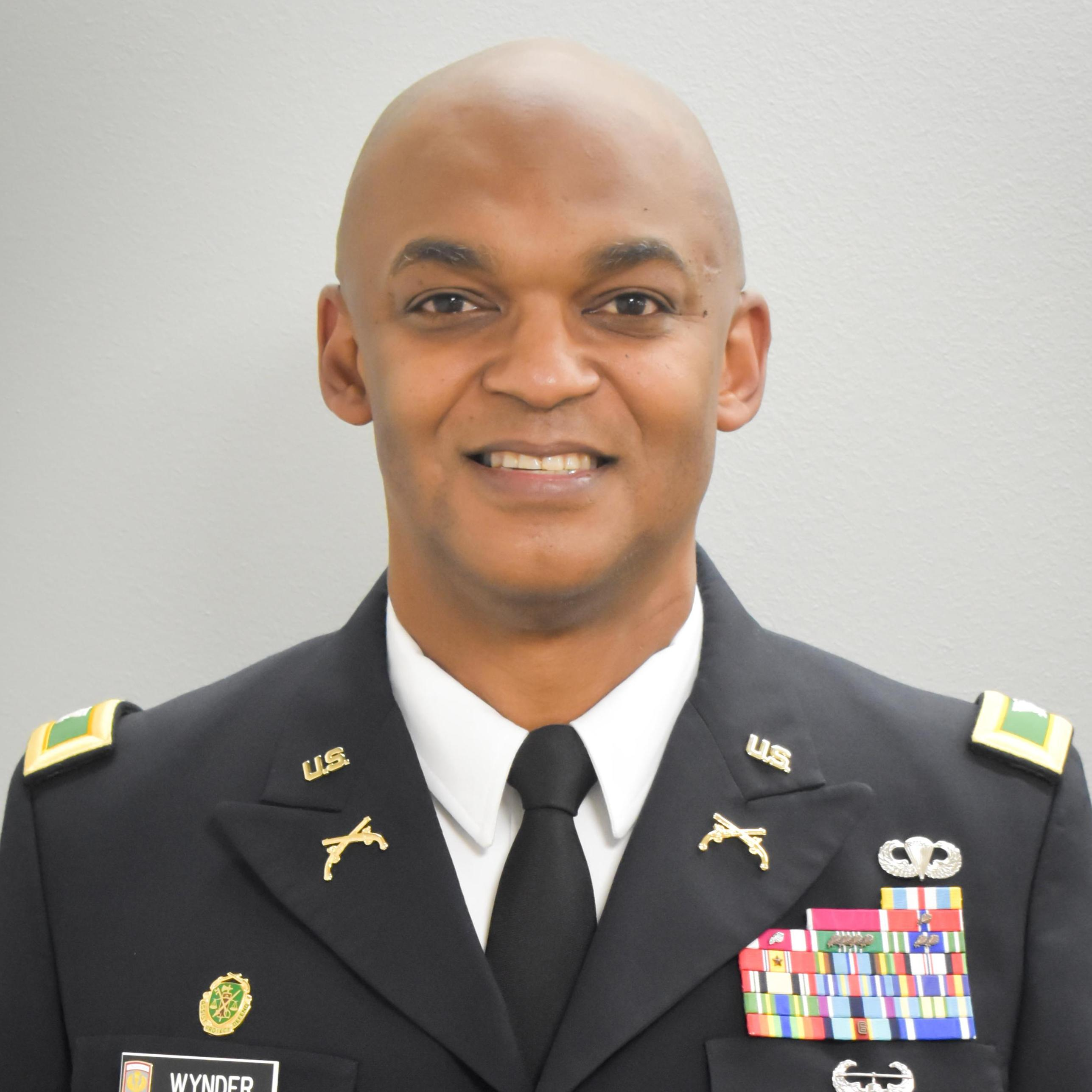 COL Chris  Wynder`s profile picture
