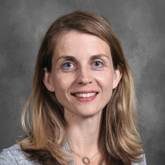 Sandra Oliva's Profile Photo