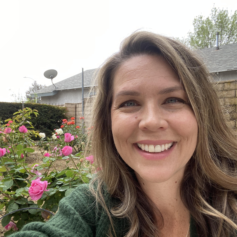 Elisabeth Jones's Profile Photo