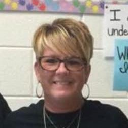 6th Grade Teacher Lin  Weiker`s profile picture