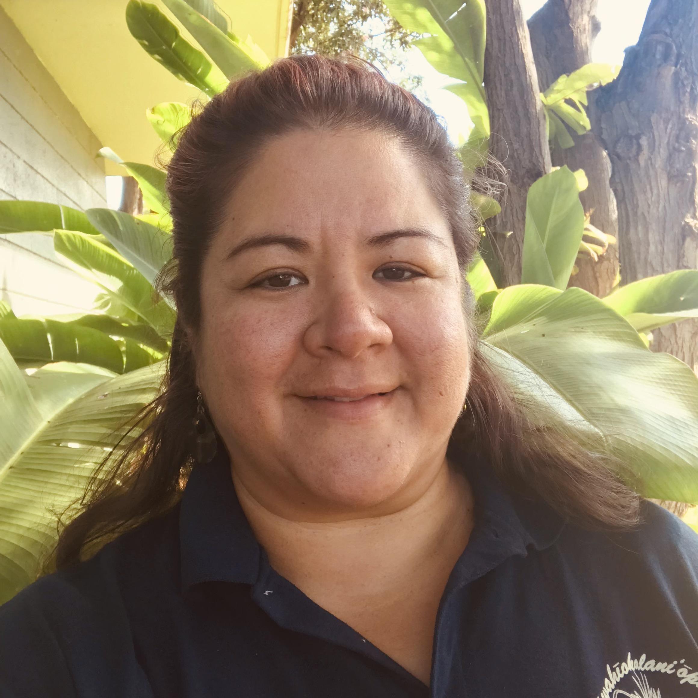 Poni Nāpūʻelua's Profile Photo